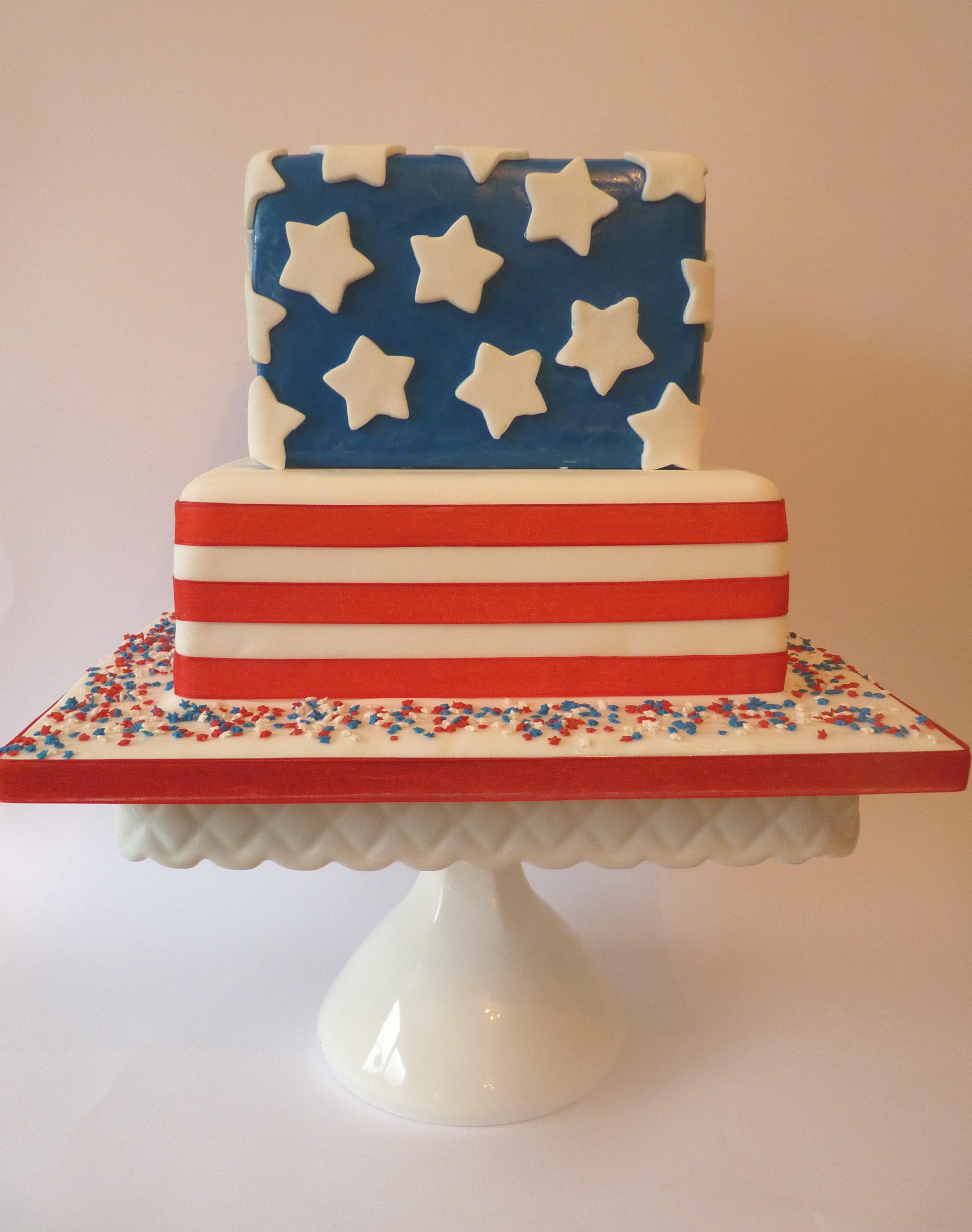 S Retro Stripes Cake